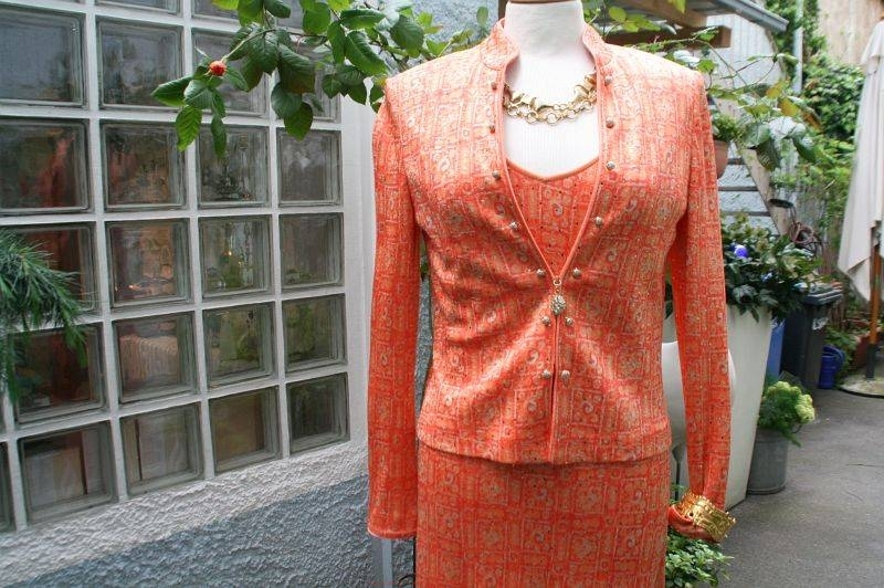 vintage-abendkleid-in-orange-und-gold-mit-jacke-detail-800w